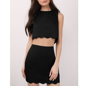 Tobi • Black Scalloped Skirt